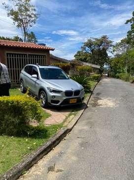BMW X1 turbo 2.0 gasolina