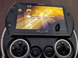 PSP GO en excelente estado flasheada