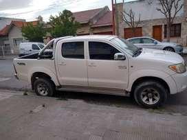 Camioneta srv 4 ×2 full