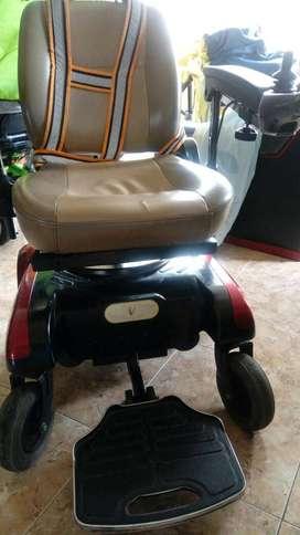 Silla de ruedas motorizada, marca LIBERTY 312