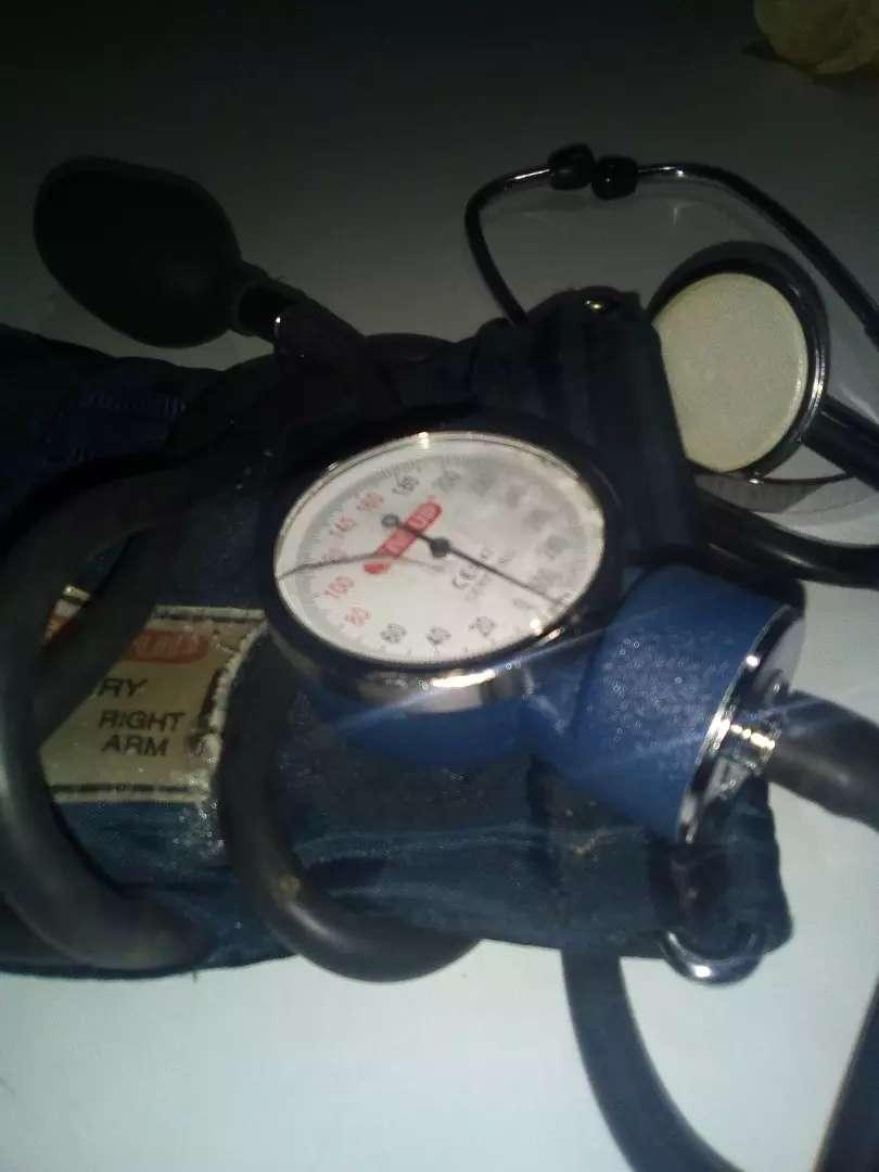 Se vende tensiómetro para la presión impecable 0