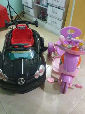 Se vende triciclo y carro negro para niños