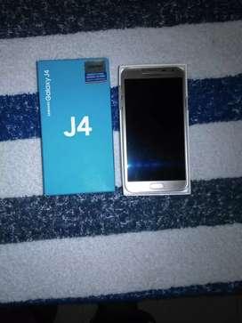 Vendo Samsung Galaxy J4 en buen estado y con targeta SD de 4 GB