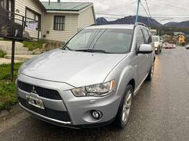 Outlander 4x4 full at cuero. 2011, 67500 km
