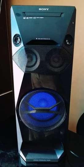 Equipo de sonido SONY / LG