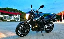 Hermosa! SUZUKI GSR600 modelo 2009 papeles al dia, original muy cuidada. Excelente Moto gsr 600