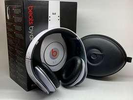 Audifonos Beats By Dr. Dre.