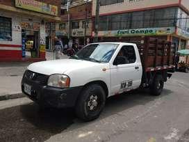 Se vende camioneta Nissan Frontier estacas
