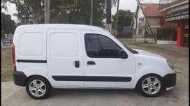 Vendo urgente!! Renault kangoo al contado o financiado acepto permuta $200.000 y cuotas