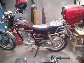 Vendo moto sumo chopera poco uso único dueño