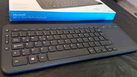 Teclado Inalámbrico Microsoft All-in-One