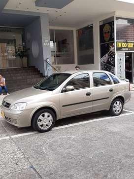 Vendo Corsa Sedan