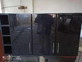 Mueble de cocina , alacena con botellero , 1.10 de largo 0.60 de alto y 0.35 de fondocon resina epoxi