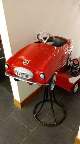 Carro de pedales antiguo italiano para coleccionistaz