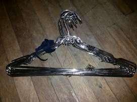 Gancho metalico