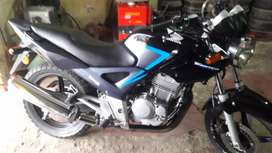 Vendo Honda  Twister 2014