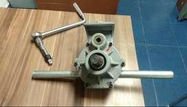 Ranuradora USADA Ridgid Mod 975 Cap. 1.1/4 -6 Referencia 25638