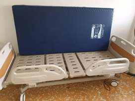 Vendo cama hospitalaria  con colchon antiescara  barata