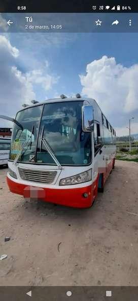 Vendo o Permuto bus de servicio público