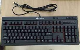 Teclado Corsair Gaming k68