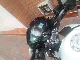 Venta de motocicleta, buenas condiciones documentos al dia hasta junio 2020