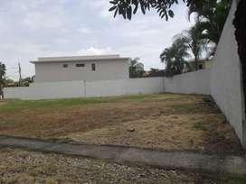 Venta de Terreno esquinero en la Urb. Guayaquil Tennis Club, Samborondon - G. Sosa