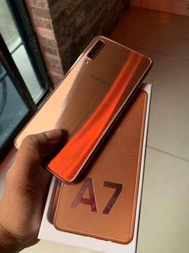 Samsung A7 2018 dorado