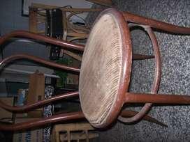 juego 6 sillas de caño PARA reciclar