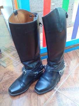 Botas Negras con espuela para carabinerito