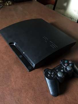 Playstation 3 320gb con 1 joystick