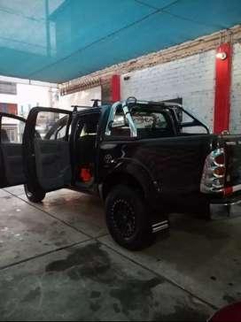 Vendo camioneta bien conservada de las buenas por motivo de viaje