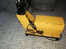 Vendo ranuradora de tubo Jaguar motor 550 w