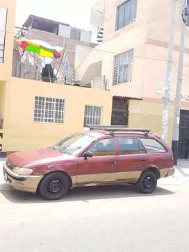 Toyota corola espaciosa