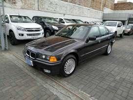 BMW 320i año 1992