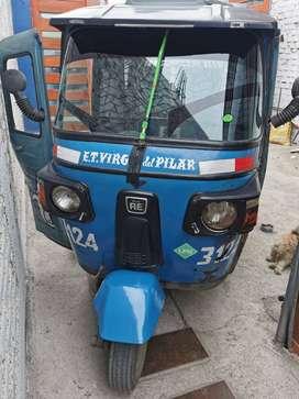 Vendo Moto Bajaj Azul  4 tiempos a Gas