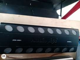 Amplificador audiopipe 2500.4