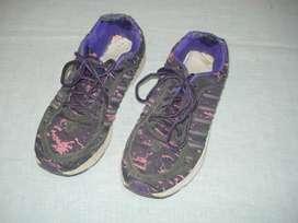 Zapatillas De Mujer Nro.38 Usadas Lindas
