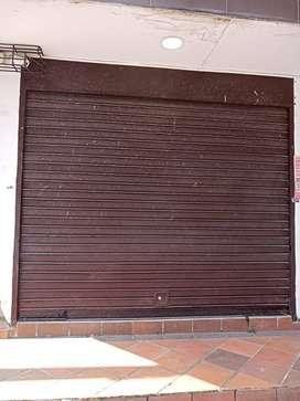 VENTA DE CORTINAS PARA LOCAL COMERCIAL