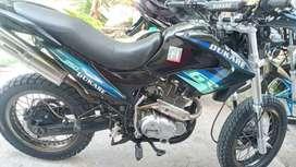 Vendo Moto Dukare