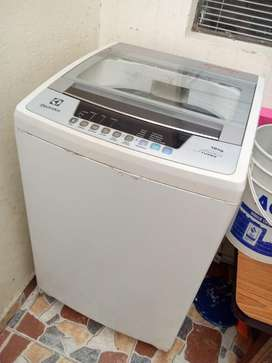 Combo Lavadora Electrolux Nevera Central