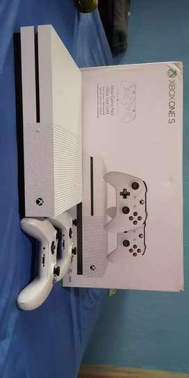 Vendo Xbox One 1TB