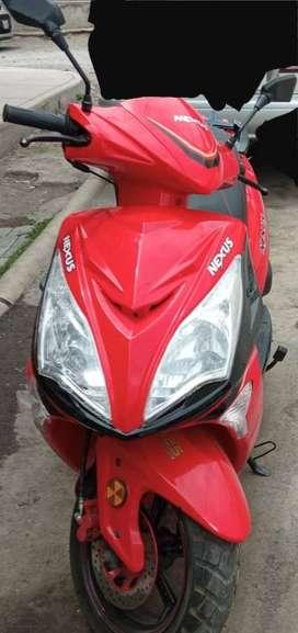 Vendo Moto NEXUS