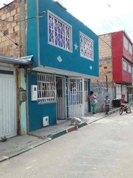 Vendo o permuto. Casa de dos pisos en el sur de Bogotá