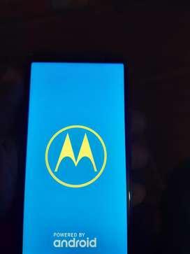 Motorola g6 muy economico 170 negociables con la tapa quebrada los 2 imey originales