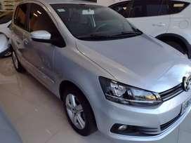 Vendo Volkswagen Fox trendline 5 puertas única mano pocos kilómetros.