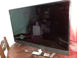 Vendo smart tv de 43 pulgadas impecable sin detalles con control