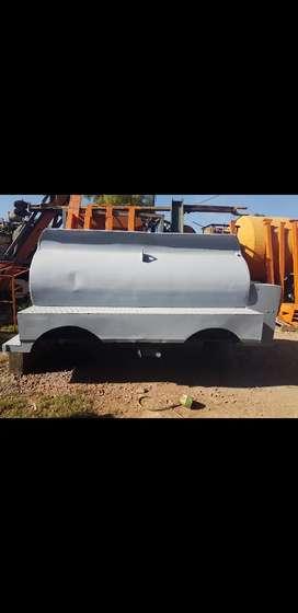 Tanque metálico carrotanque remolque