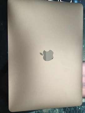 """Mac Book Pro de 13"""" modelo A1708"""