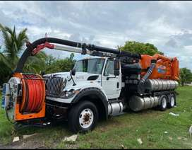 Camion Vactor 2100 International 7600 modelo 2012