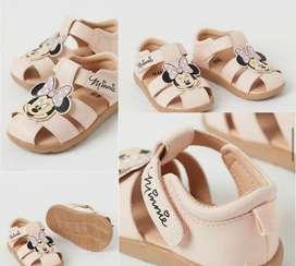 Sandalias de niña Marca H&M talla 18/19